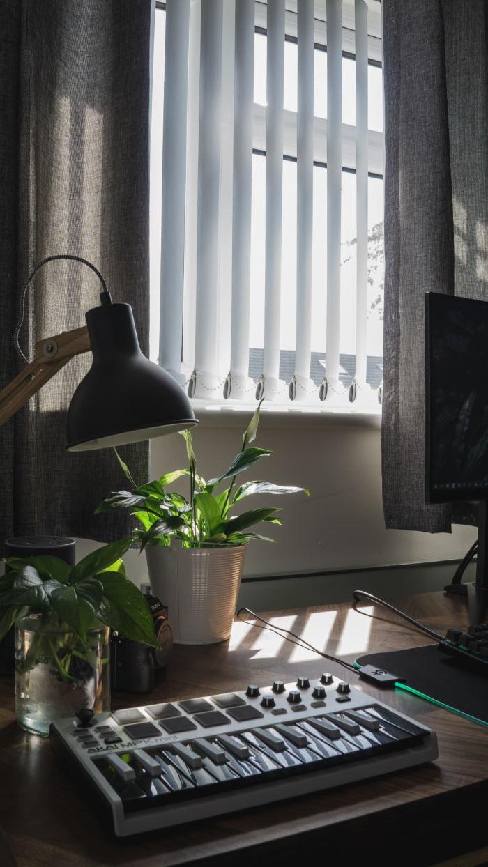 Store bandes verticales bureaux entreprise