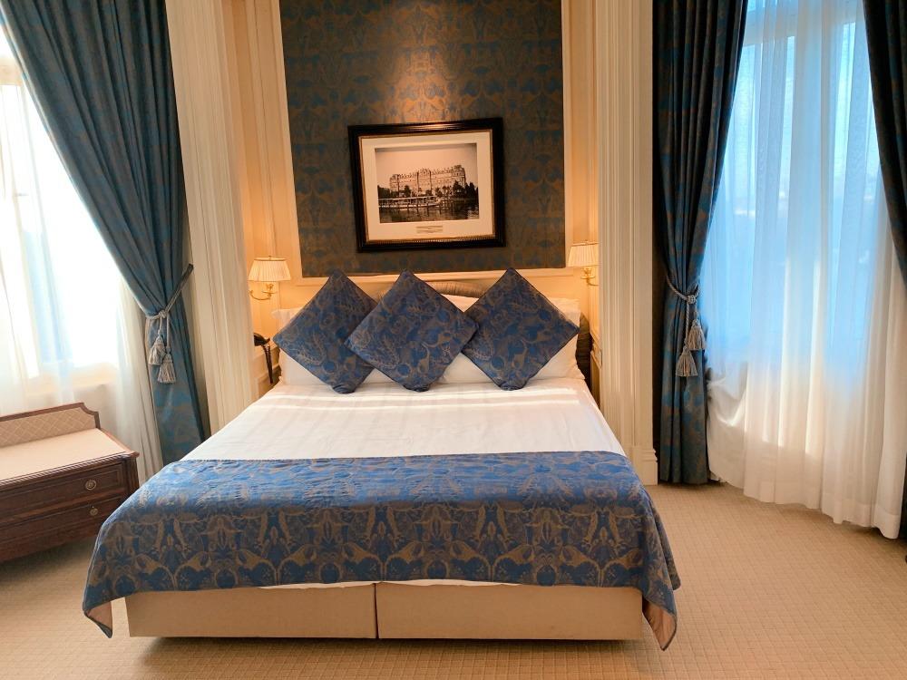 jeté de lit sur-mesure hôtel