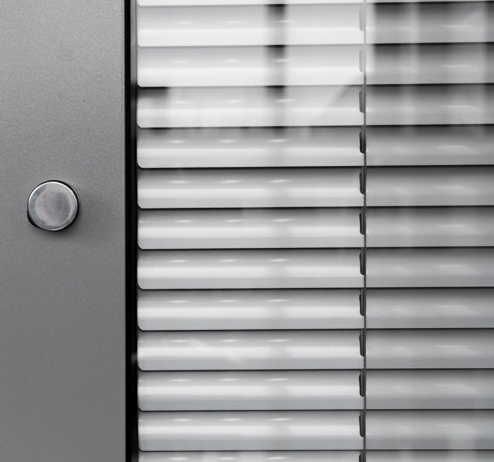 Store aluminium 25 mm entre vitrage