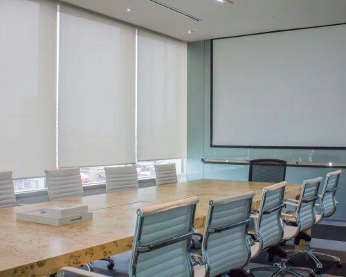 Store enrouleur bureaux salle de réunion Subdéco