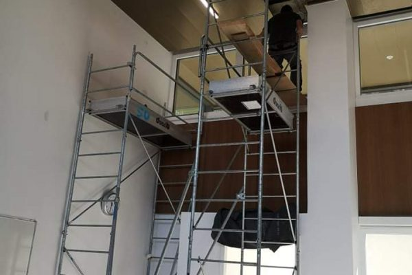 Installation pose stores sur-mesure Subdeco